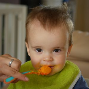 95 אחוזים ממוצרי המזון לתינוקות מכילים מתכות רעילות